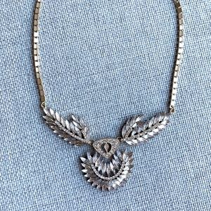 2/$25 - Jeweliq Crystal Statement Necklace